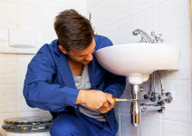 Antes de contratar, saiba diferenciar o problema na residência
