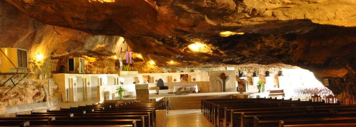 grutas de bom jesus da lapa