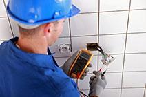Erros comuns em projetos elétricos de banheiros