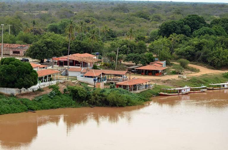 Vista da ponte da Lapa para Barrinha