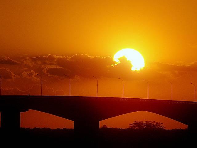 por do sol pont bom jesus da lapa ivanor borges 2