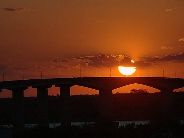por do sol pont bom jesus da lapa ivanor borges 6
