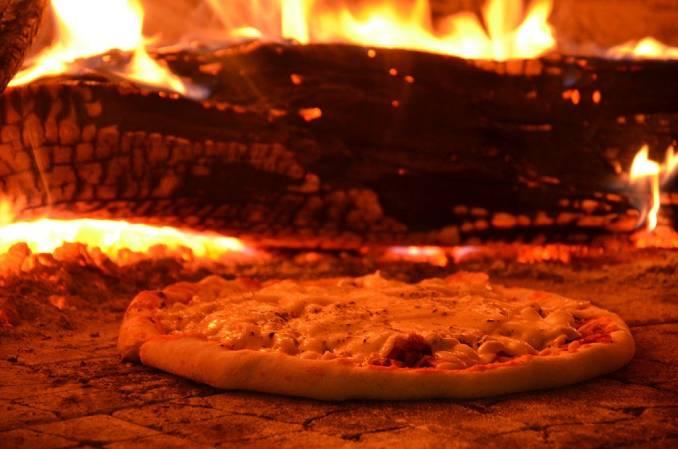 Churrascaria e pizzaria Brasileiríssima em bom jesus da lapa