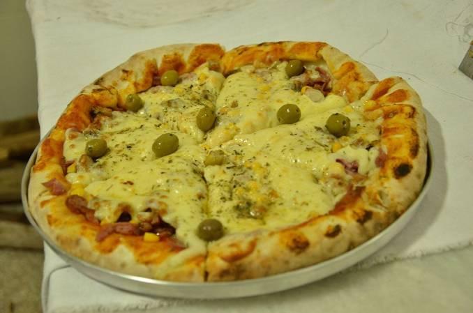 Pizza no forno à lenha em Bom Jesus da Lapa
