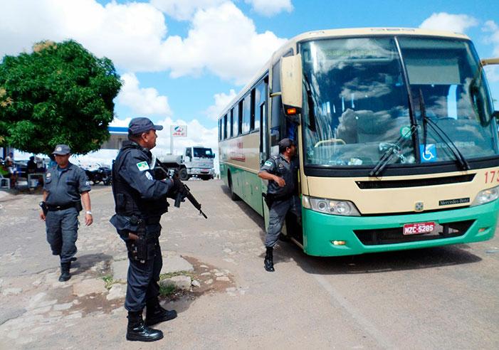 Vítimas de assaltos dentro de ônibus têm direito a indenização