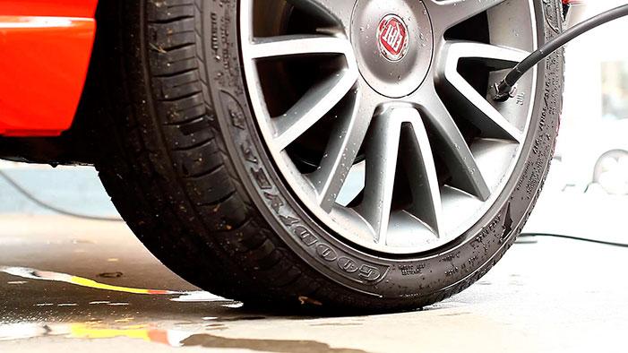 Cuidados com o carro: a calibragem dos pneus
