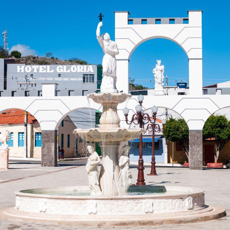 Monde Francisco de Mendonça Mar - Praça da Fé - Bom Jesus da Lapa