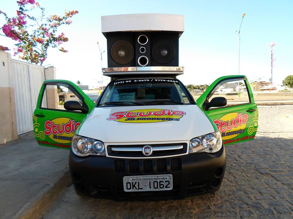 Publicidade em rádio e carro de som