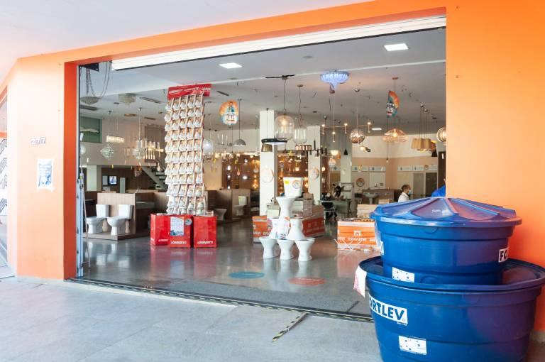 Rede Erguer Construcosta Materiais de Construção - Entrada da Loja