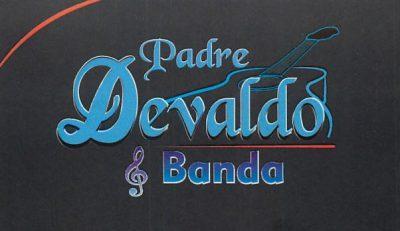 Padre Devaldo e Banda